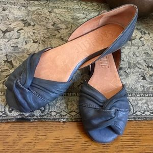 Anthropologie Sachelle Slate Gray Leather Flats